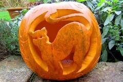 Halloween-tök-macska-ötletek-egy-csokorban-halloweenkor.hu-2