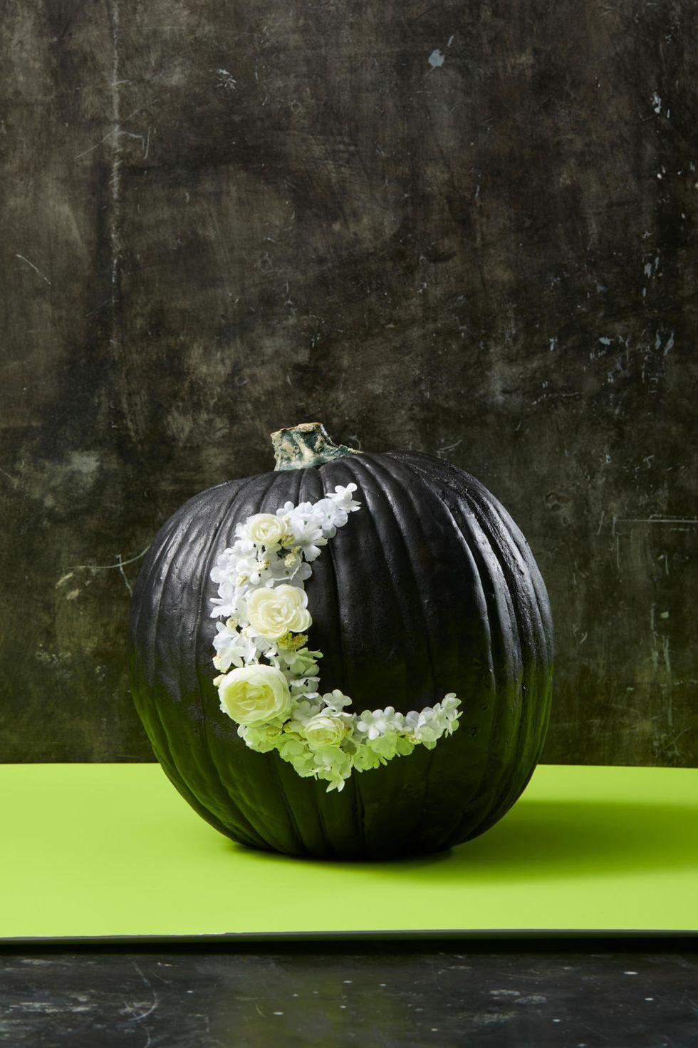A Halloweeni virág hold tök
