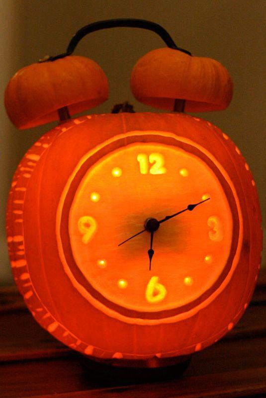 Halloween-i ébresztőóra